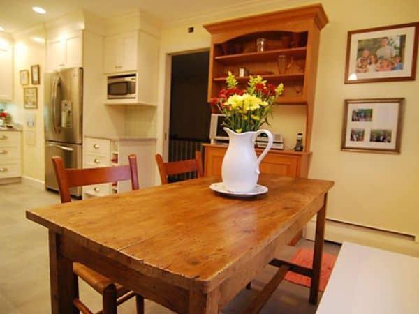 meja dapur pedesaan minimalis